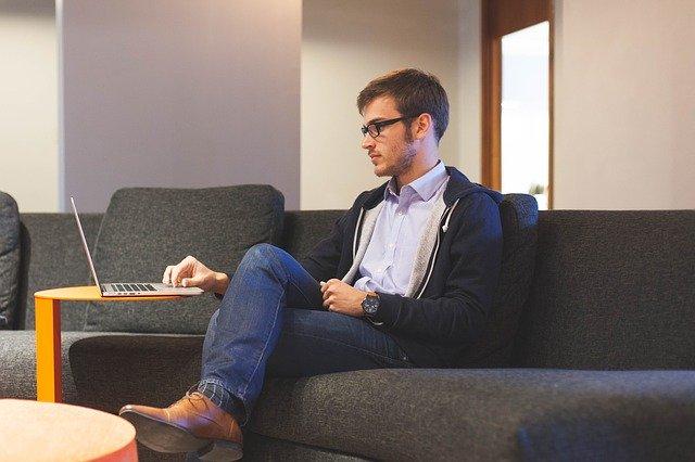 99 % studentů používá denně internet