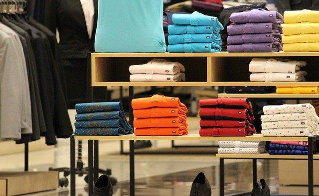 On-line hlavně oblečení