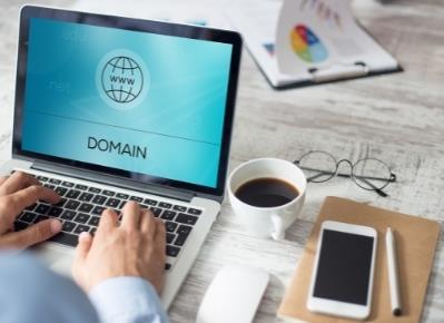 Co je to IP adresa, doména a jak to celé funguje?