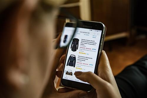 Už 25 let můžeme nakupovat online. Co nového nás čeká v příštích pěti letech?